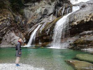 滝に行ったときの記念写真